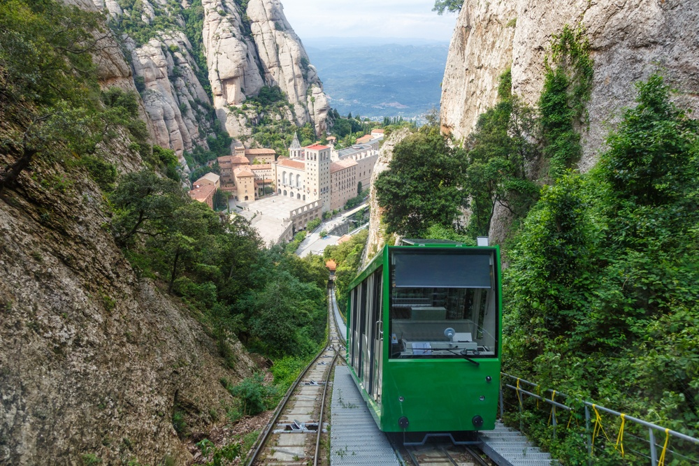The cogwheel train brings visitors from the base of Montserrat to its jaw-dropping summit.