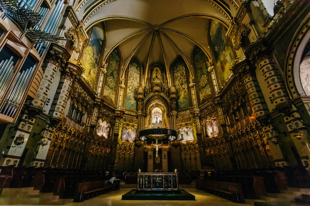 Inside the Benedictine abbey of Montserrat – a highlight of any day trip from Barcelona to Montserrat.
