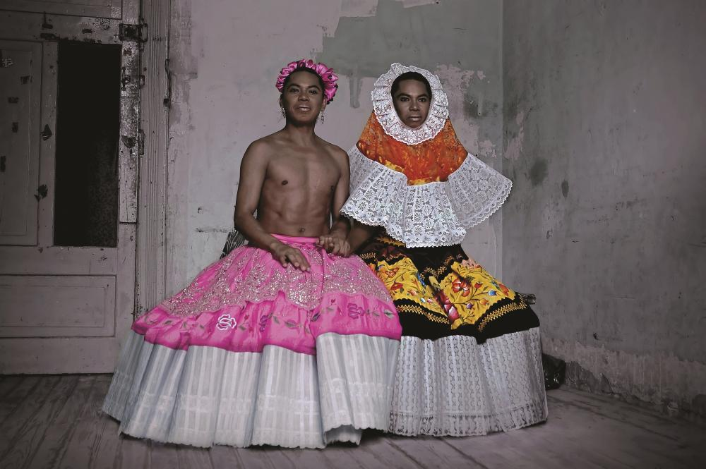 Photograph of Mexico's third gender, muxe, in an example of LGBTQ+ art