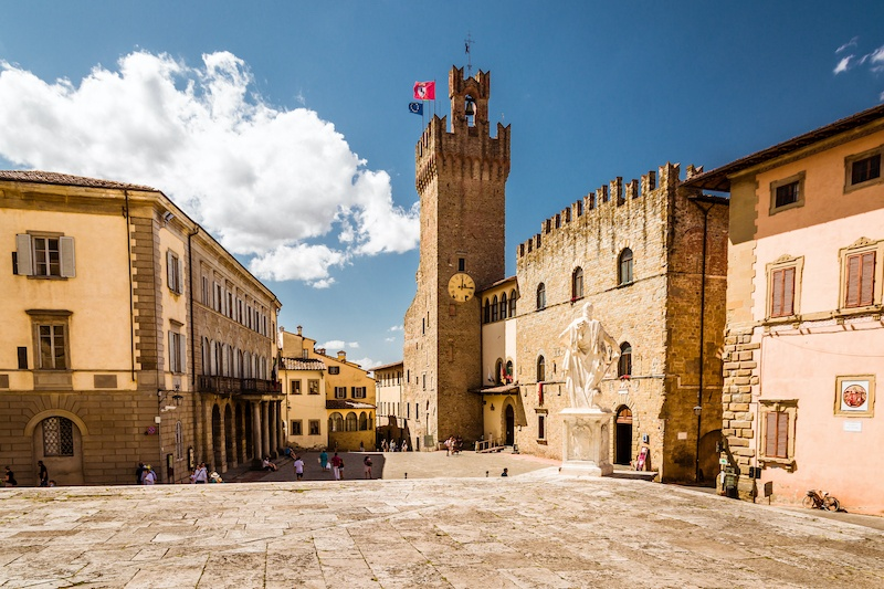 The best towns in Tuscany include Arezzo