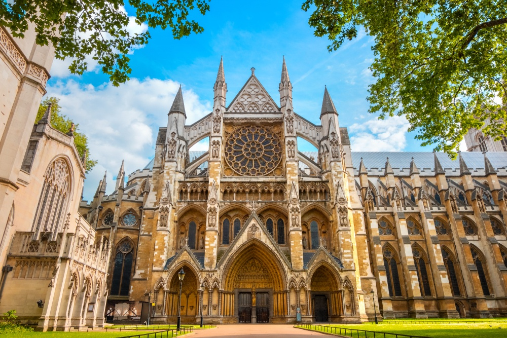 Westminster Abbey, a top London landmark located close to the palace of the same name.