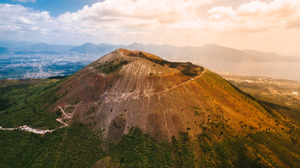 Close-up image of Mount Vesuvius, one of the things you'll see when visiting Pompeii.